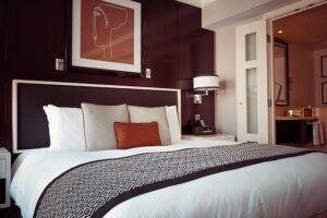 Idle Sleep Vs Dreamcloud Luxury Mattresses